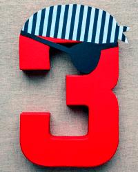 Цифра 3 из пенопласта