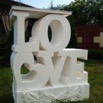 Объемные буквы Love с сердцем