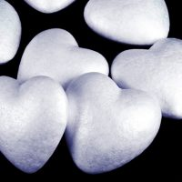 Обычное пенопластовое сердце