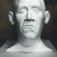 Голова мужчины - 2