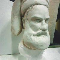 Голова мужчины - 3