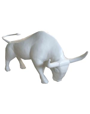 Белый бык из пенопласта
