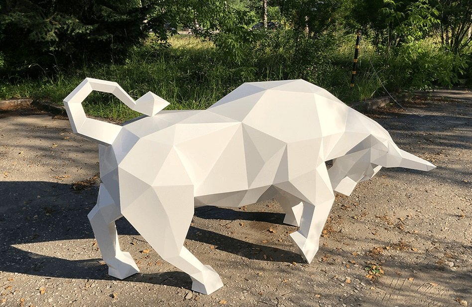 Символ 2021 года - бык из пенопласта белый