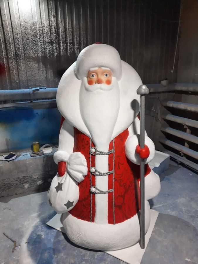 Дед Мороз из пенопласта маленький