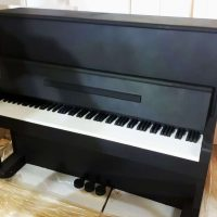 Декорации из пенопласта. Пианино