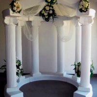 Декорации из пенопласта. Арка на свадьбу