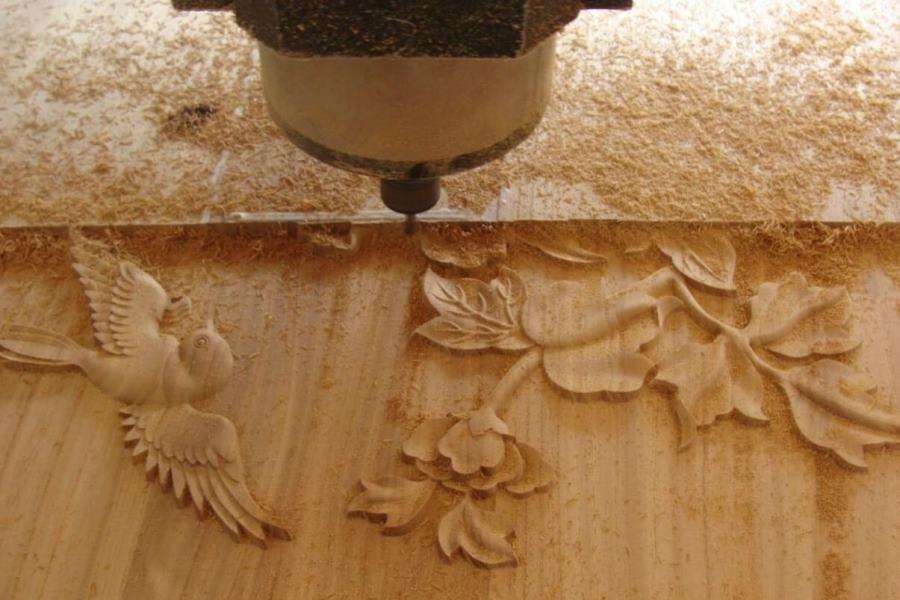 Фрезеровка барельефа из дерева на станке с ЧПУ