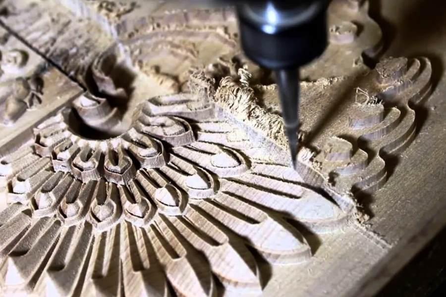 Фрезерование деревянного орнамента