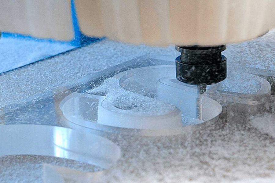 Обработка пластика на фрезерном станке