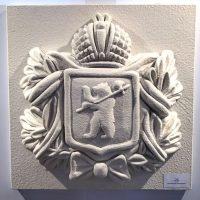 Фасадный декор герб