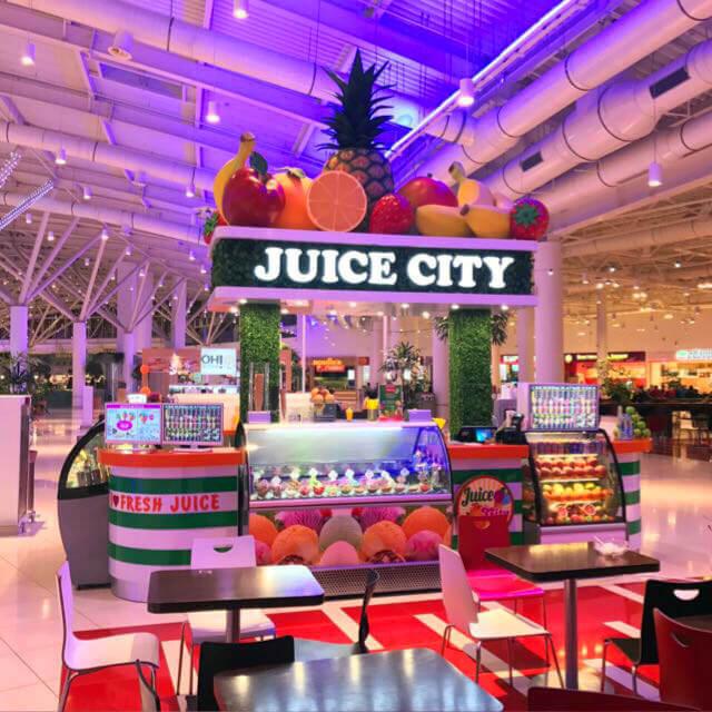 Инсталляция из пенопласта Juice City