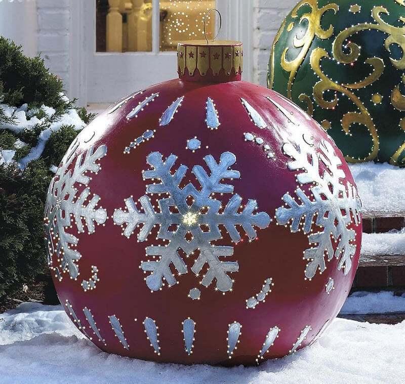 Новогодний шар из пенопласта