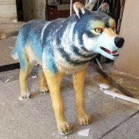 Волк из пенопласта