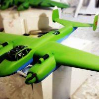 Самолет зеленый, военный