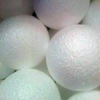 Большие шары из пенопласта
