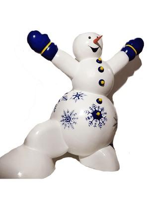 Снеговик из пенопласта объемный