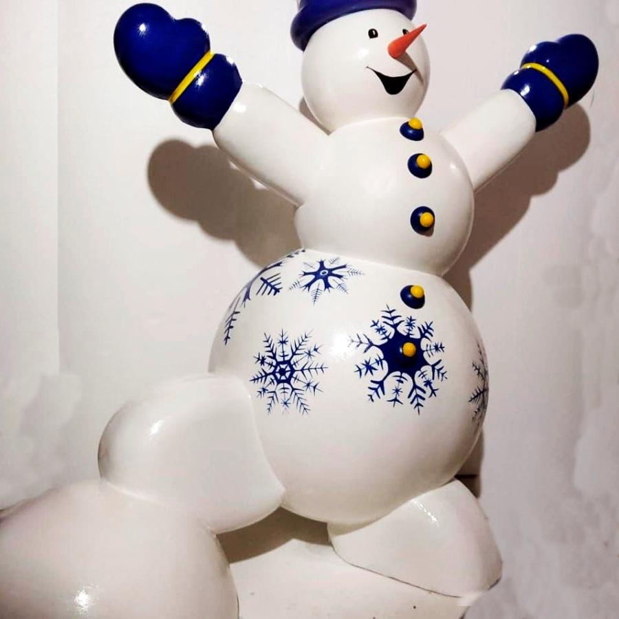 Снеговик из стеклопластика