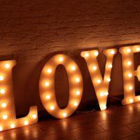 Световые объемные буквы из пенополистирола LOVE