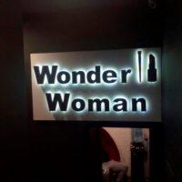 Световые объемные буквы из пенопласта. Wonder Woman